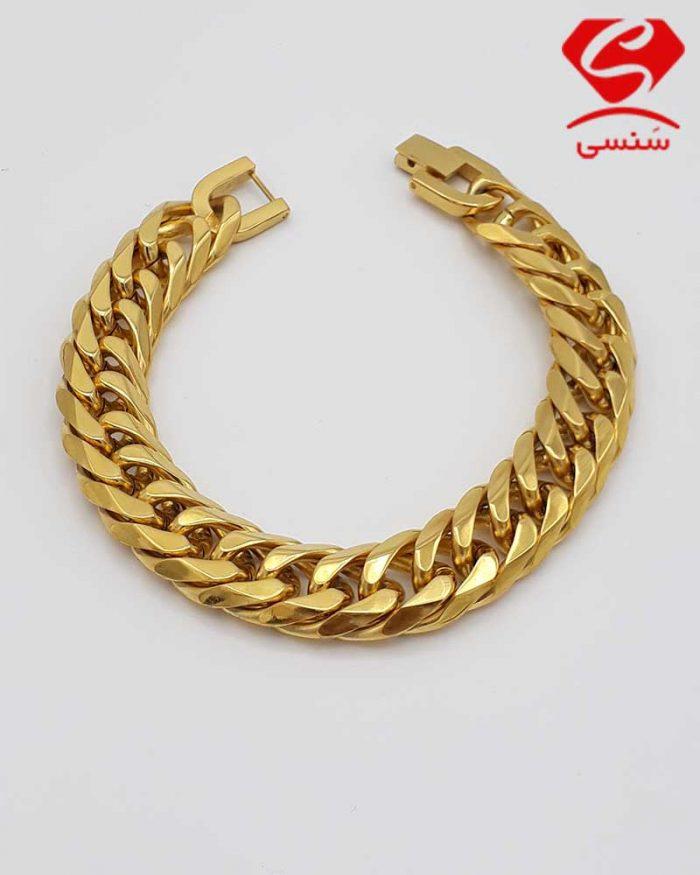 02 700x875 - دستبند استیل طلایی کارتیه